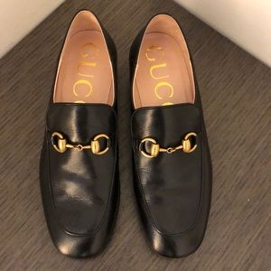 GUCCI black horsebit leather loafer with crystals